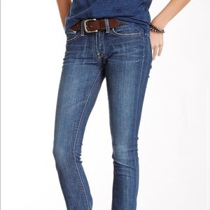 Lucky brand medium wash jeans